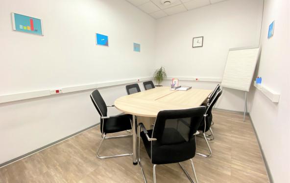 Переговорная комната на 6 человек - фото №1