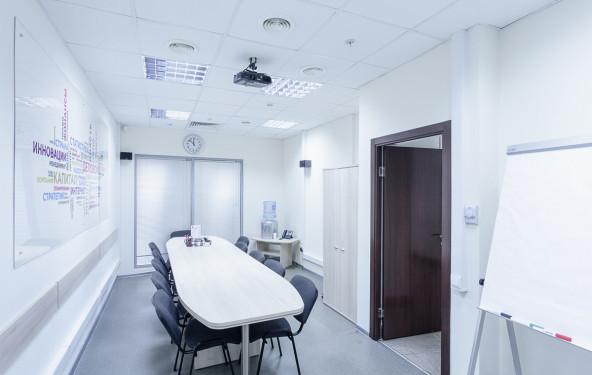 Переговорная комната на 10-13 человек - фото №1