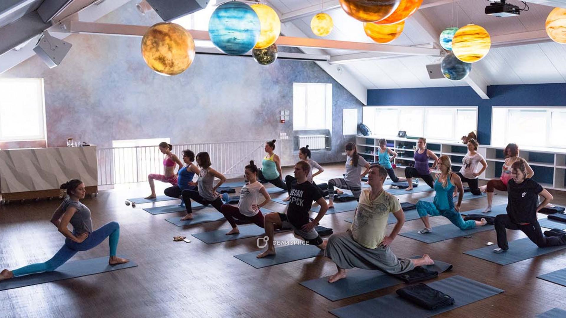 Просторный зал для йоги и танцев - фото №4