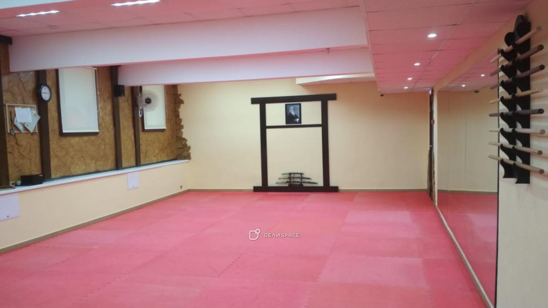 Спортивный зал для единоборств и спорта