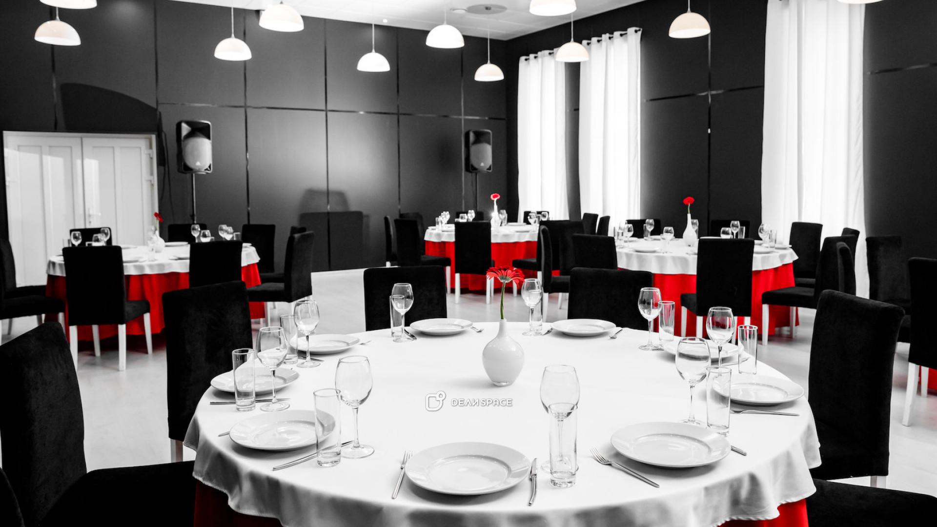 Черно- белый зал - фото №3