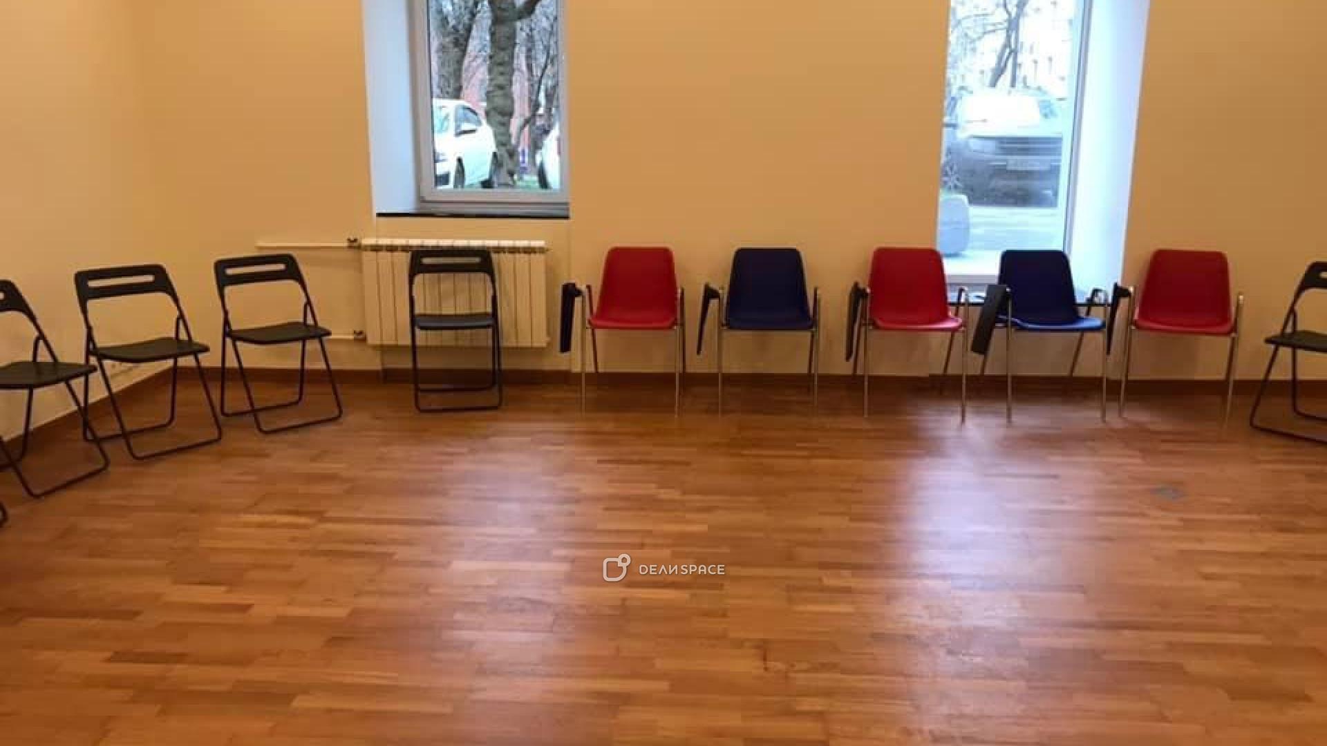 Зал для групповой и индивидуальной работы - фото №6