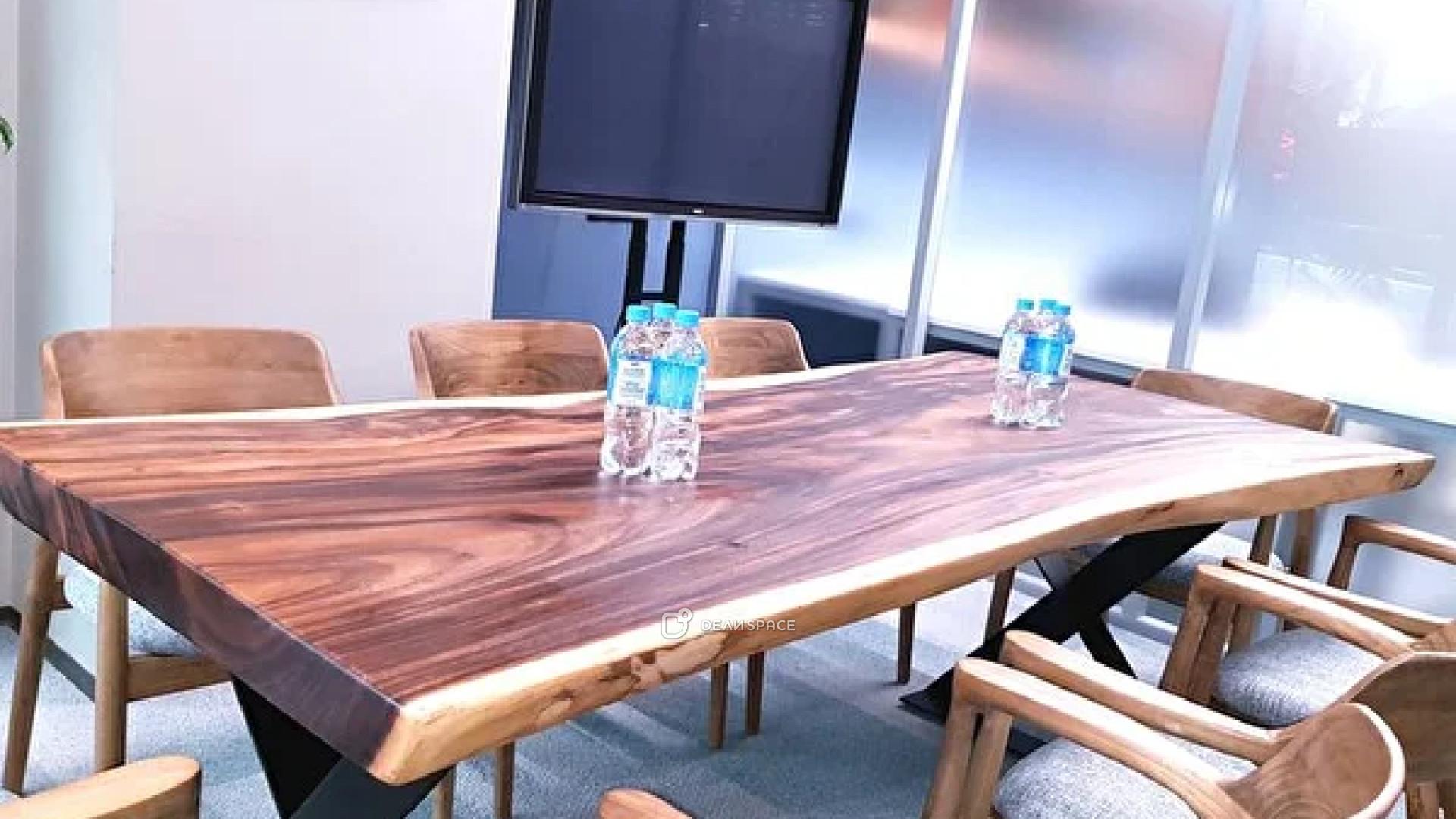 Малая переговорная комната в Москва-Сити
