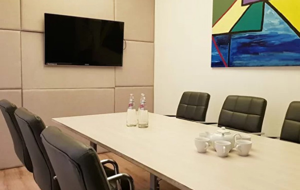 Средняя переговорная комната в Москва-Сити