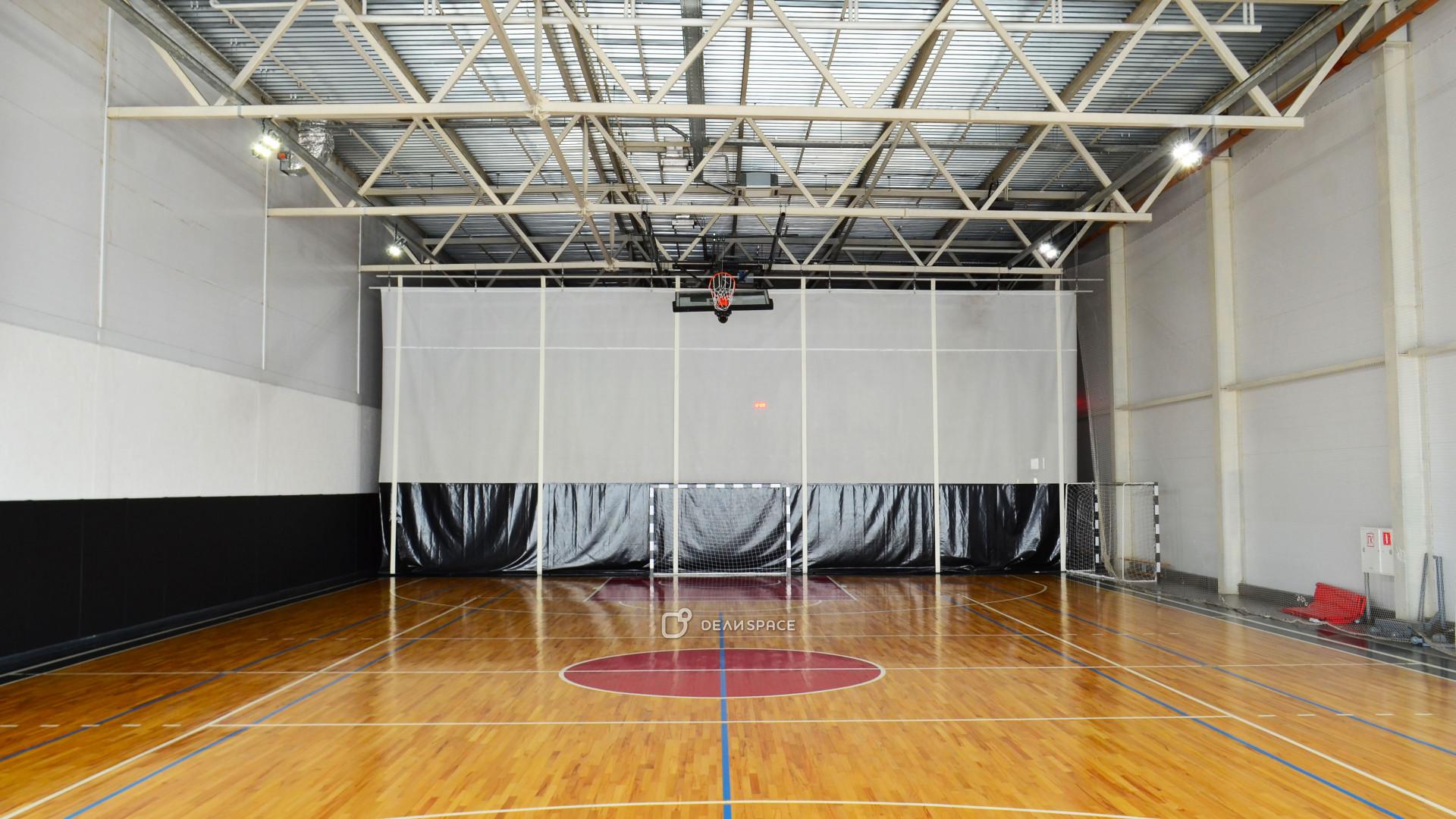 Универсальный спортивный зал - фото №3