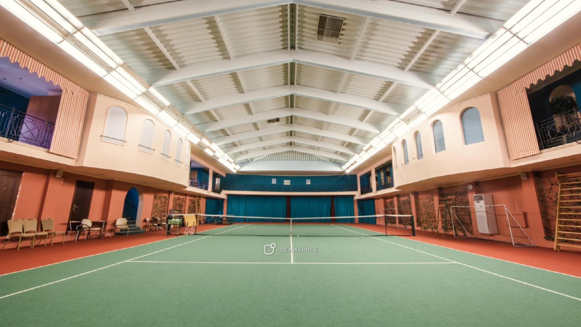 Теннисный корт - фото №3