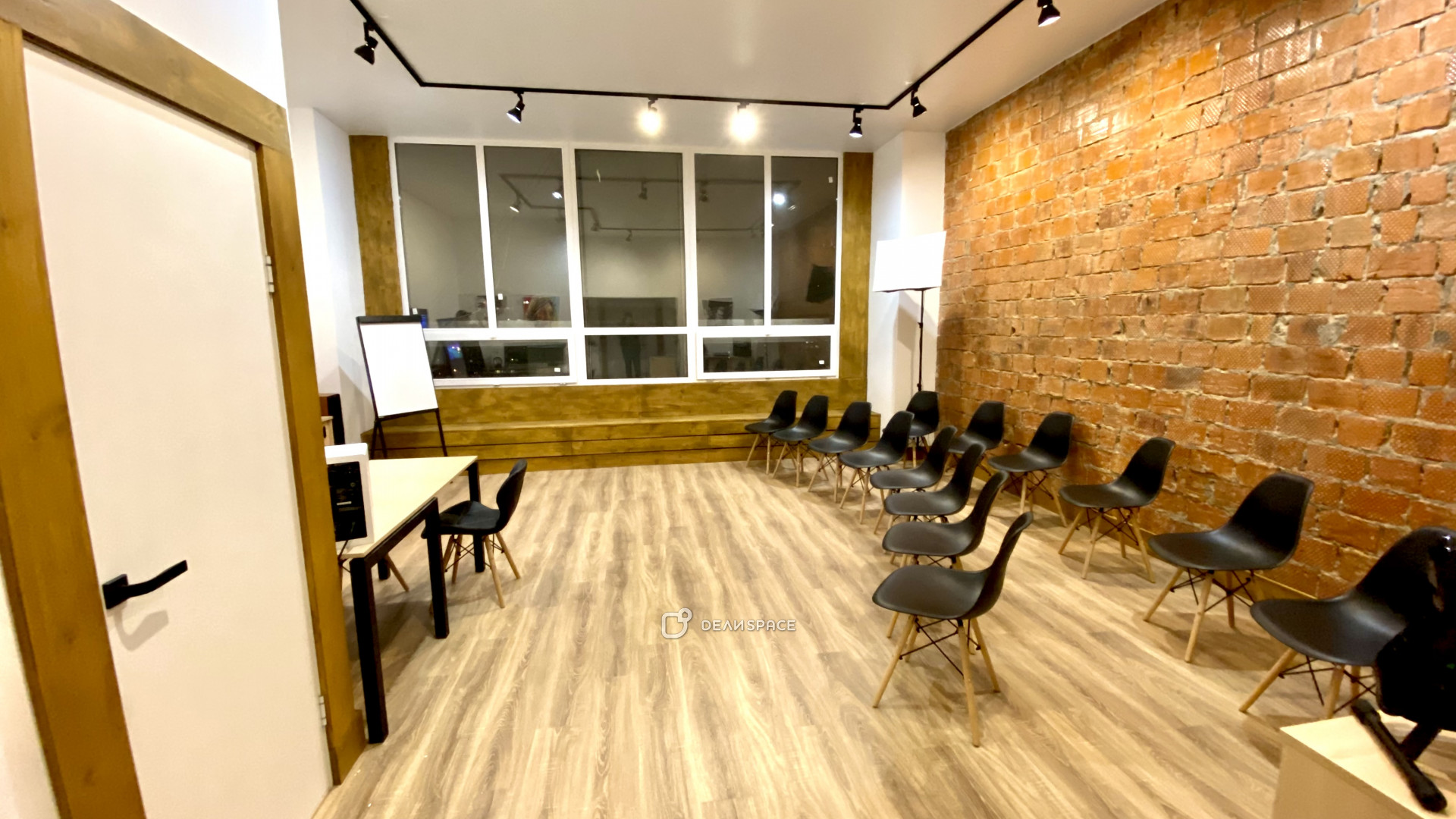 Зал для лекций и семинаров - фото №3