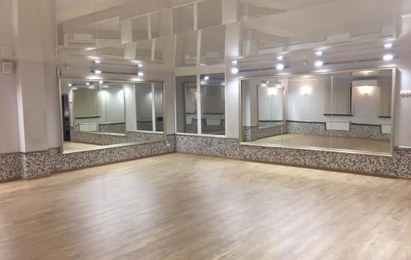 Танцевальный зал - фото №1