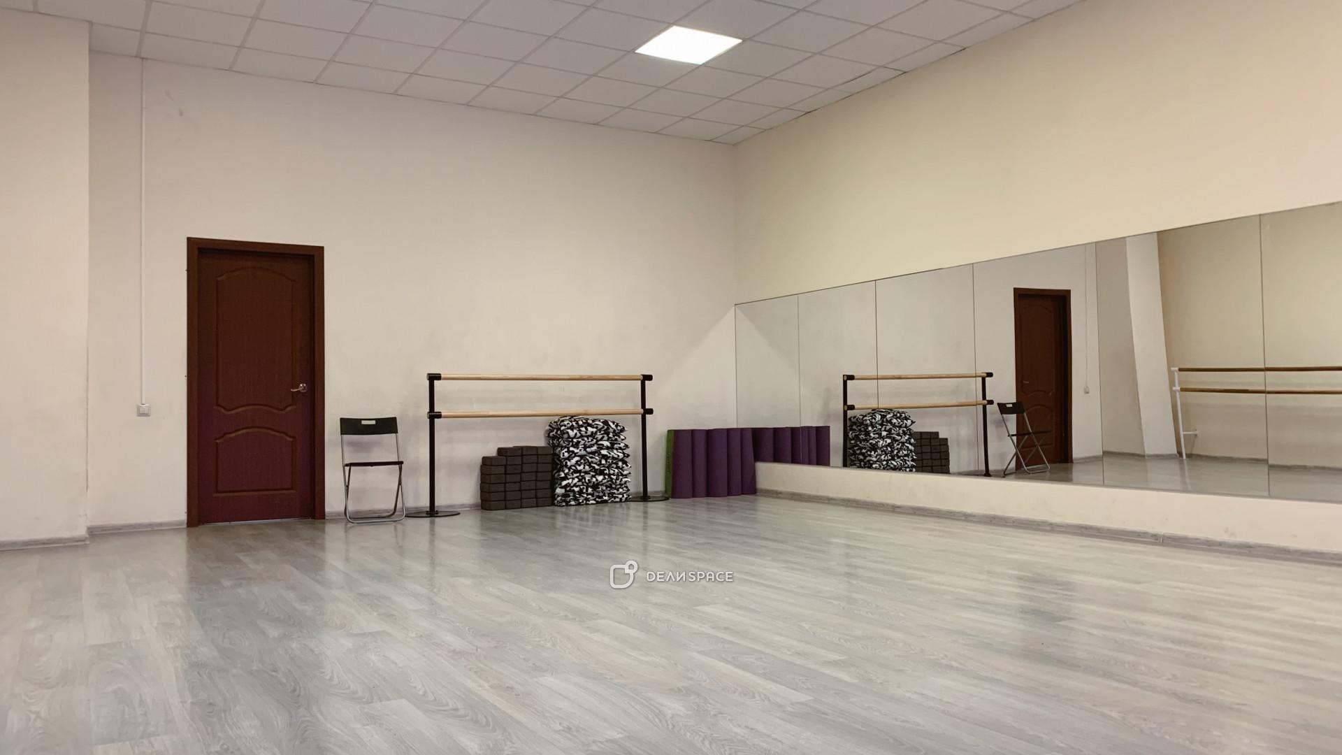 Танцевальный зал №2 - фото №7
