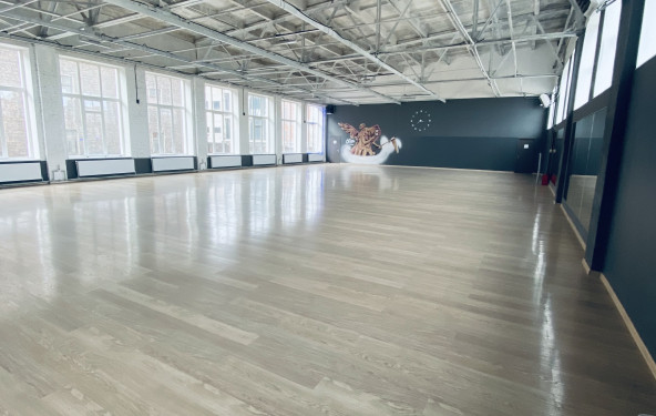 Танцевальный зал Сатурн - фото №1