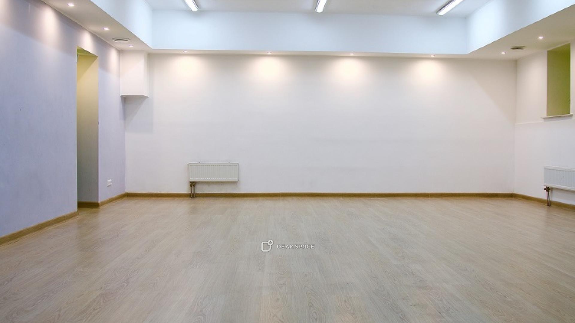 Зал для занятий спортом, боевыми искусствами, йогой, медитацией, подвижными практиками - фото №3