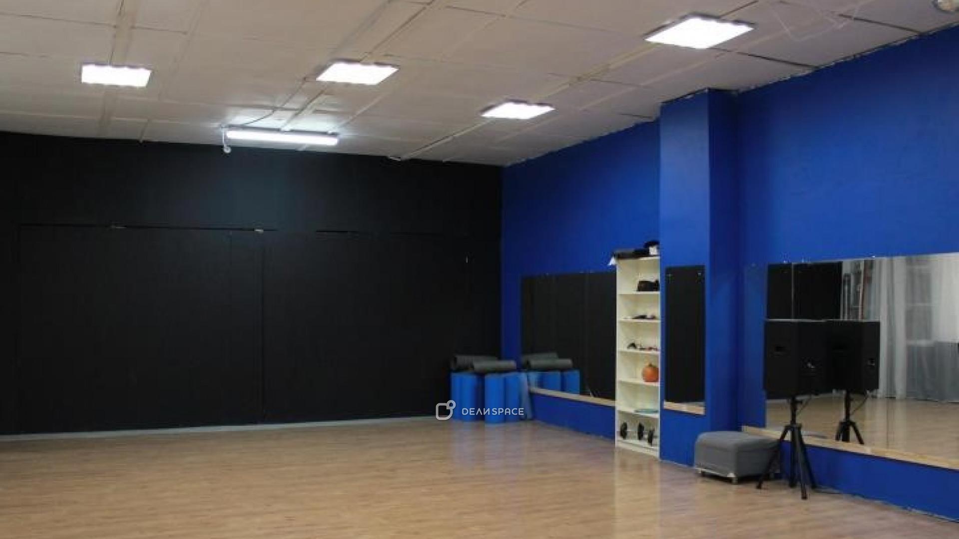 Большой (синий) зал для танцев
