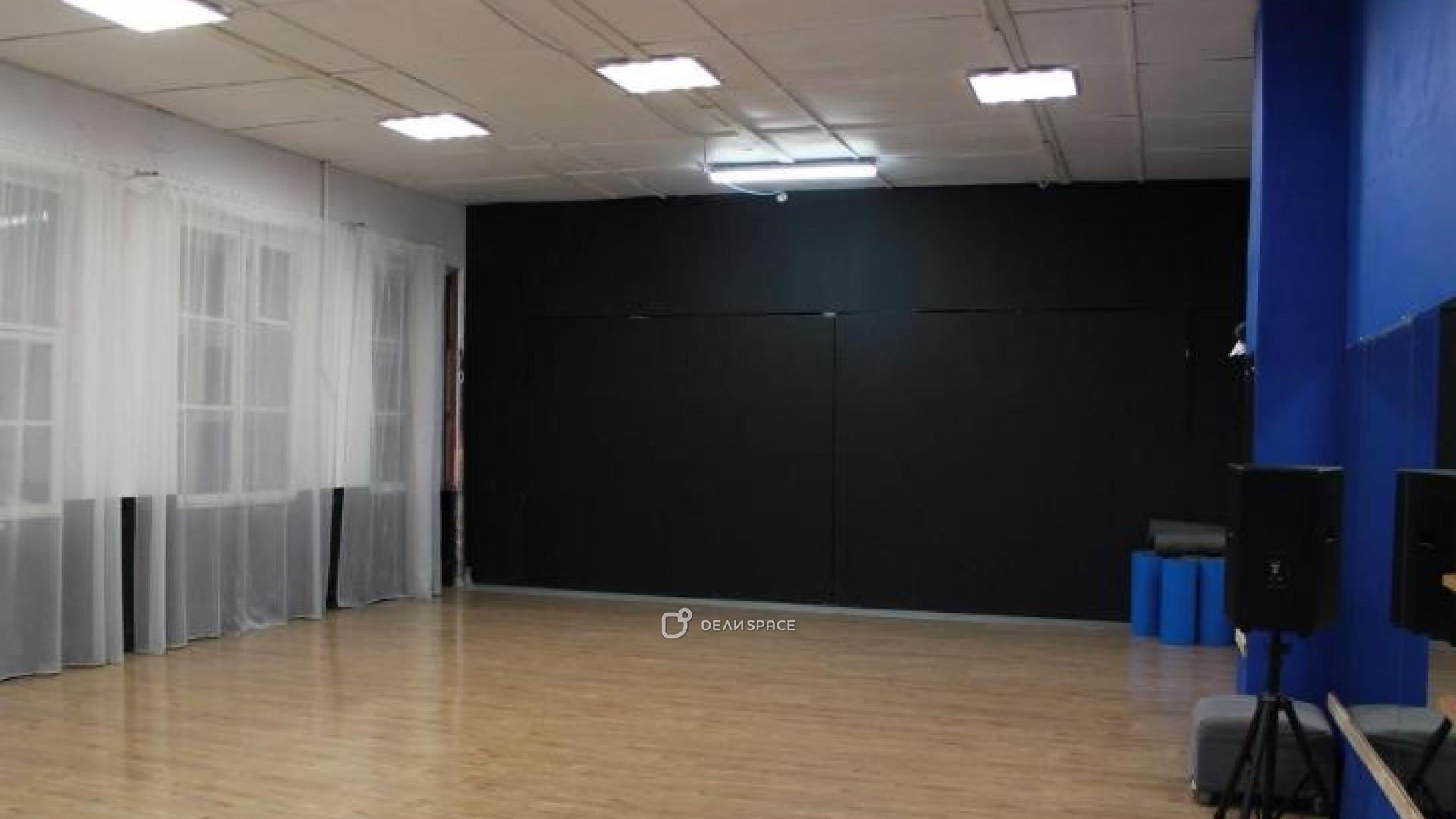 Большой (синий) зал для танцев - фото №2