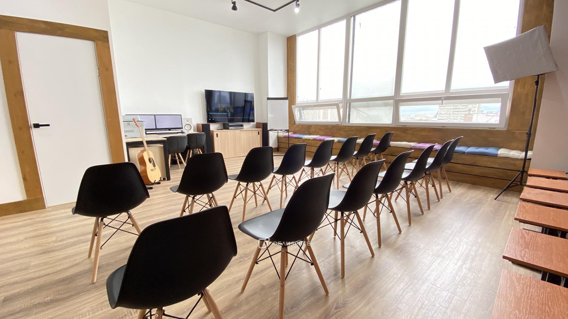 Зал для лекций и семинаров - фото №8