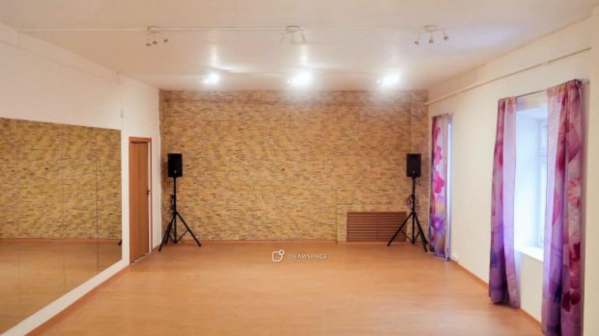 Танцевальный зал - фото №4