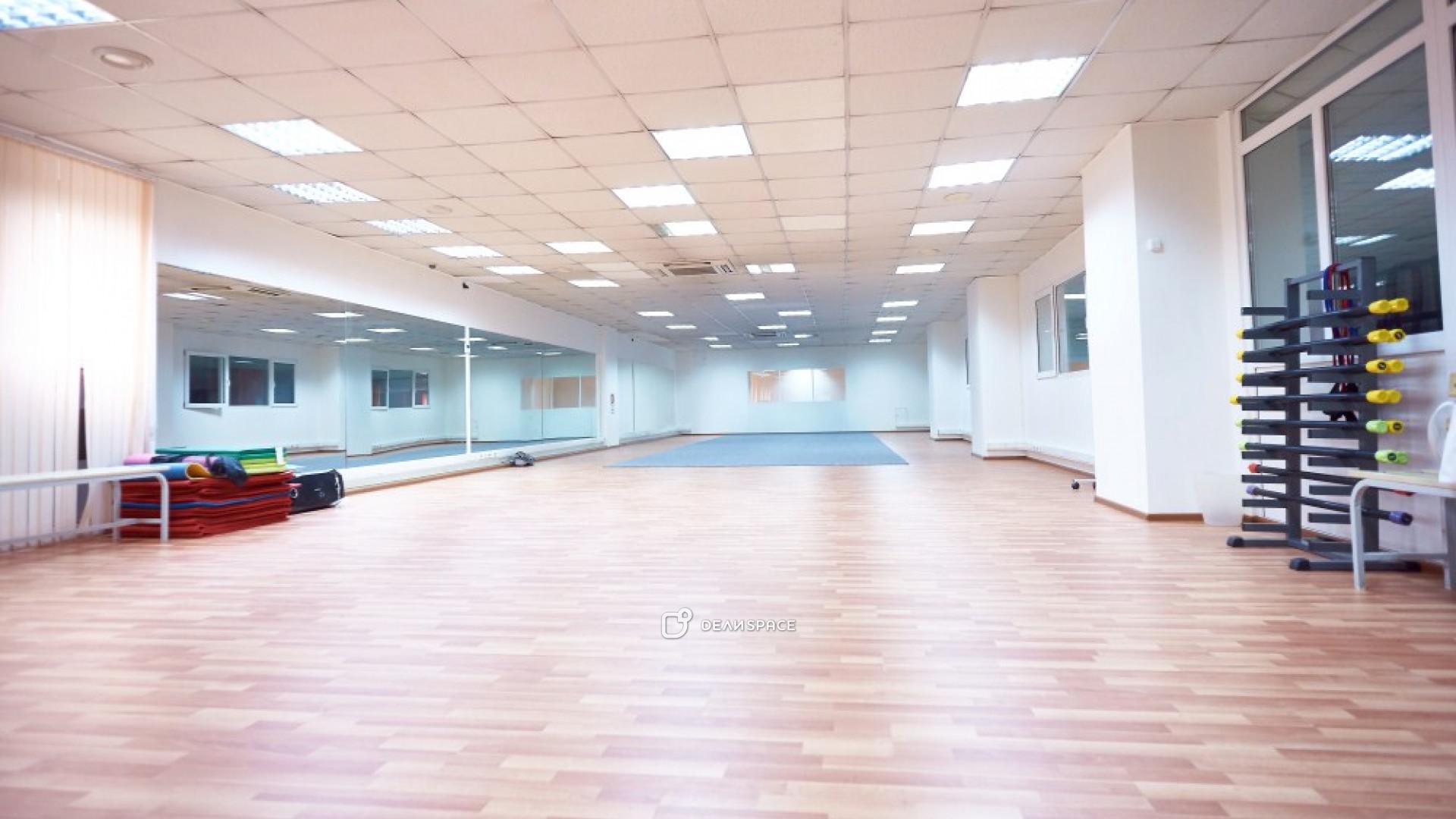 Зал для фитнеса и танцев - фото №4